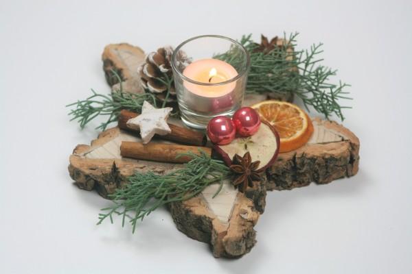 Holzstern dekoriert lachs